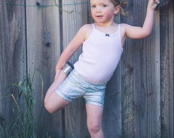 girls Mermaid Shorts Silver Holographic baby toddler Birthday 3 6 12 18 24 months 2T 3T 4T 5T 6 7 8 9 10 11 12 14 shorties