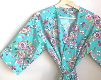 Bridesmaid Robes. Bridemaid Robe. Bridal Robe. Bridesmaid Pajamas. Kimono Robe. Bridesmaid Robes. Mint Sweet Sophia Collection.