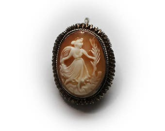 "800 Silver Cameo Pin/Pendant with 18"" Sterling Silver Chain"