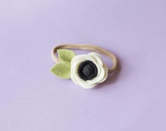 Baby Flower Headband, Baby felt headband, felt flower headband, Baby Felt flower headband, Baby flower felt, white flower headband