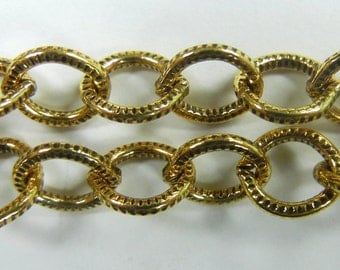 7mm etched texture oval link cable chain, antique gold plate over steel ,sold per foot, (BMC-101)