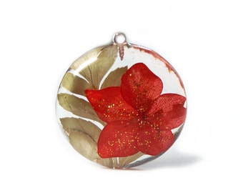 Holiday Flowers Pendant-Real Flower Jewelry- Flower Jewelry- Jewelry with Real Flowers- Red and Green Jewelry