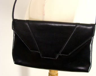 Black Envelope Clutch. vintage 80s Black Envelope Clutch. Shoulder Bag. Cross Body Handbag.  Black Purse. Retro Photo Shoot. GIft for Her