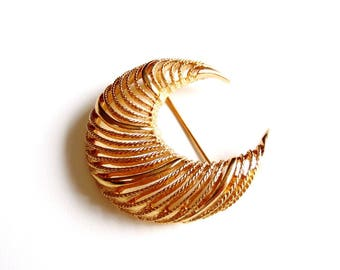 Vintage 60s Monet Crescent Brooch Gold Tone Textured Cut Out Signed Collectible - Yesterday's Fashion for Today
