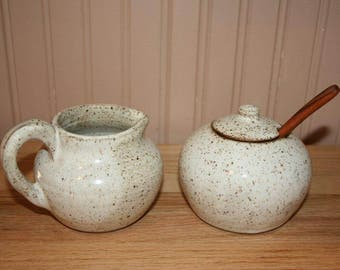 Pottery sugar and creamer set, white creamer/sugar set, handmade