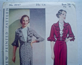 Vintage 1930s Dress Pattern Pictorial Review 8247 Frock with Flared Collar Vintage Sewing Pattern