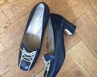 Vintage 60s Navy Shoes