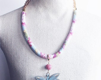 Necklace, fabric necklace, Kaffe Fassett, Dragonfly pendant, boho chic, flower fabric, turquoise and pink, pink flowers, pink glass bead