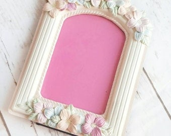 Pink Flowers Frame, Shabby CHIC Frame, Resin Frame, Ornate Frame, Baby Photo Frame, Vintage Photo Frame, Cottage Chic Frame, Floral Frame