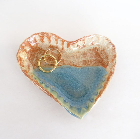 Heart ring dish jewelry dish aqua rustic pottery heart for Heart shaped jewelry dish