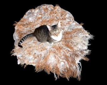Cruelty Free, Icelandic Lamb,  Cat Bed, Pet Bed, Dog Mat, Humane SheepSkin, Felted Fleece Rug, Wool Rug, Natural Bedding, Cat Lover Gift