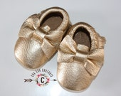 WOW! GOLD BOWS  Moccasins 100% genuine leather baby moccasins Mocs moccs