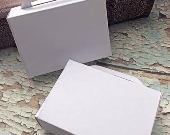 Suitcase gift favor/ destination wedding favor / travel gift favor ( set of 25)