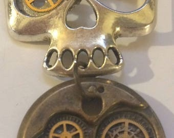One Eyed Silver Skull Steampunk Necklace, Gear, Cog