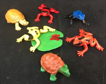 Vintage Plastic Frogs, Turtles and Lilly Pad, Four Frogs, Two Turtles and One Lilly Pad 2 Inches Long 1.5 Inches Wide