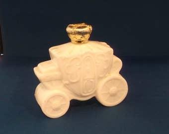 Vintage Avon Royal Coach, White Milk Glass,  Bath Oil Decanter, Avon Carriage, White Carriage, White Coach