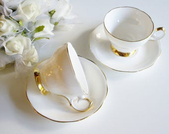 Vintage Teacup, Queen Anne, Bone China, Plain, White and Gold, Gold Trim, English Tea cup, Vintage Wedding, Gift for Bride, Wedding Gift