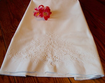 White French Pillowcase Vintage White Floral Embroidery and Cutwork Bed Linens Bedding