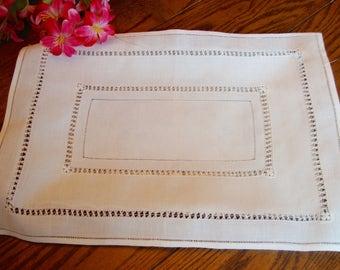 Linen Tray Liner White Place Mat Centerpiece Doily Vintage Table Linens
