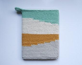 Ipad case. Crochet case. Tablet case. Funda para ipad. Funda para tablet. Funda ganchillo. Funda crochet. Ipad Air funda. Ipad Air case.