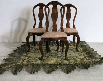Doll House Furniture, Three Wood Chairs with Pink Cloth Seats, Green Cloth Rug, Diorama Decor, Miniature Furniture, Pretend Play