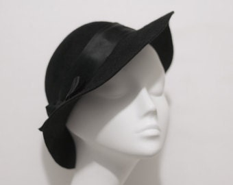 The Lauren Hat - Felt Cloche Hat - w/ Silk Ribbon - Womens Felt Hat - Wedding Hat - 1920's Hat - Winter Fashion -Chapeau - Black Cloche Hat