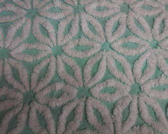 "Rare Hofmann AQUA DAISY Vintage Chenille Bedspread Fabric  - Hofmann Aqua with White Daisies - 19"" X 20"""