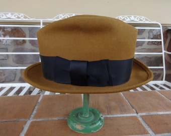 Vintage men's hat fedora felt bowler bolero hipster 7 1/4 tan 1940-50's derby