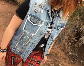 Women Extra Large Punk Crust Leopard Studded Denim Vest