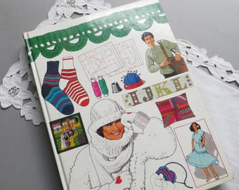 Vintage Craft Book Sewing Knitting Crocheting Embroidery Sewing Book German Handicraft Book Sewing Patterns Handarbeiten Buch