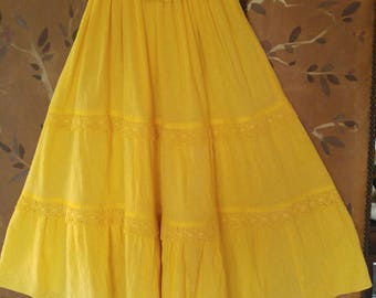 80s cheesecloth gauze strapless yellow dress with crochet lace trim (new never worn)
