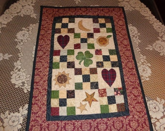Scrappy Country Wall Decorator Quilt with Stars, Hearts, Moons 0110-03