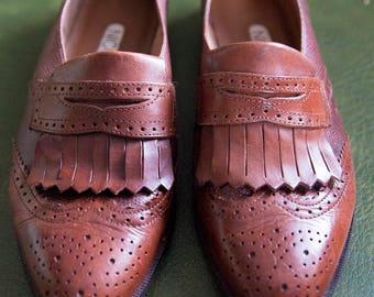 Vintage brogue design loafers size 7.5