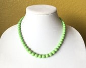 Green Beaded Necklace, Czech Glass, Graduated, Round, Elegant, Preppy