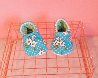 Floral & Polka Dots Soft Shoes - Size 3mo
