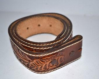 Vintage Sheplers Belt Co belt Western tooled  leather brown  belt size 30  belt no buckle Made in USA Excellent New condition