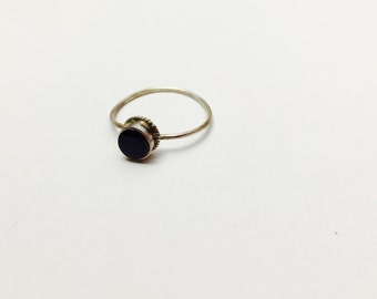 Vintage Silver  Ring Size 5., Stackable, round black Stone, Item No. S329
