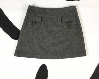 90s Grey Wool Blend Front Pocket Mini Skirt / 90s does 70s / Mod / Small / Clueless / Preppy / Skater / Grunge/ Cargo / y2k / Bratz /
