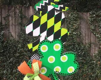 St. Patrick's Day Door Hanger, Shamrock Door Hanger, Irish Decor, Green Shamrocks