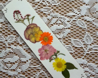 PRESSED FLOWER BOOKMARK - Natural Preserved Botanical Plants, Pressed Flower Collage Art Mixed Media, Girlfriend Gift, Natural History