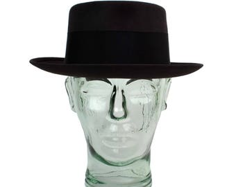 1950s Stetson Royal De Luxe Pork Pie Hat // Vintage Mens Brown Flat Top Fedora Hat & Original Marshall Fields Hat Box // Size 6-7/8