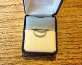 Vintage 14K Gold Wedding Band 5 Round Diamonds .05 CTW Size 6 1/4 1950s