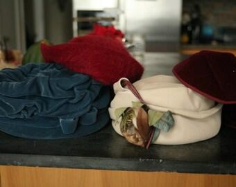 Set of Four, Vintage Hats for Wedding Photo Booth, Old Hats, 1950s Hat, Vintage Hat, Wedding Decor,