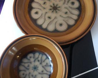 Amoeba Brains Plate and Bowl Vintage 1970s