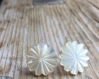 Vintage Daisy Mother of Pearl Earrings - New Sterling Silver Stud Back