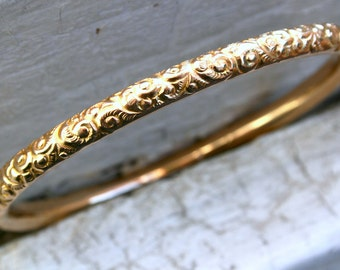 RESERVED - Classic Vintage Engraved 10K Yellow Gold Bangle Bracelet.