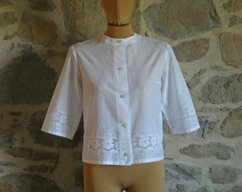 1950s white blouse - handmade vintage lacy blouse with three quarter sleeves size M - vintage French mid century clothing