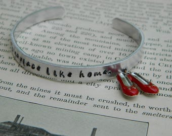 Wizard of Oz jewelry bracelet There's No Place Like Home with Dorothy's red shoes