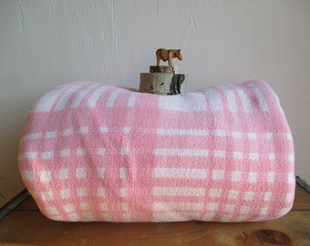 Pink double long Cotton Camp Blanket for Home Camping Utility Vintage Winter Cabin blanket Camper Spread Modern home Cabin Cottage