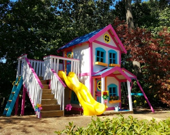 The Dollhouse Playset by Imagine That Playhouses!